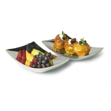 """Vollrath® Double Wall Curved Platter, 15""""  x 8.25"""" - RFS1900/46223"""
