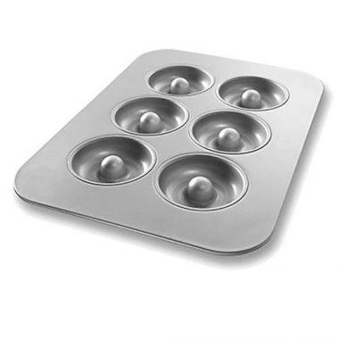 "Bundy Chicago Metallic® Donut Pan, 6 Wells, 11 1/8"" x 15 3/4"" - RFS172/25200"