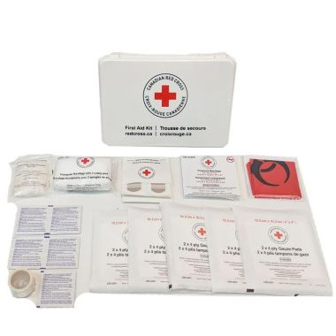 MANITOBA PERSONAL FIRST AID KIT IN PLASTIC BOX