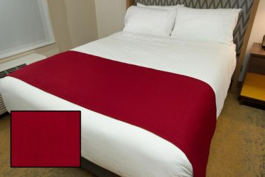 Linen Plus Hospitality Milan Square Bed Runners Cherry | Linen Plus