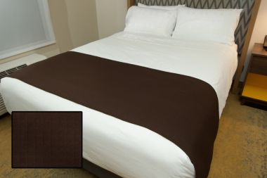 Linen Plus Hospitality Milan Square Bed Runners Chocolate